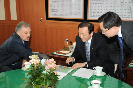 Potential forestry cooperation with Para...