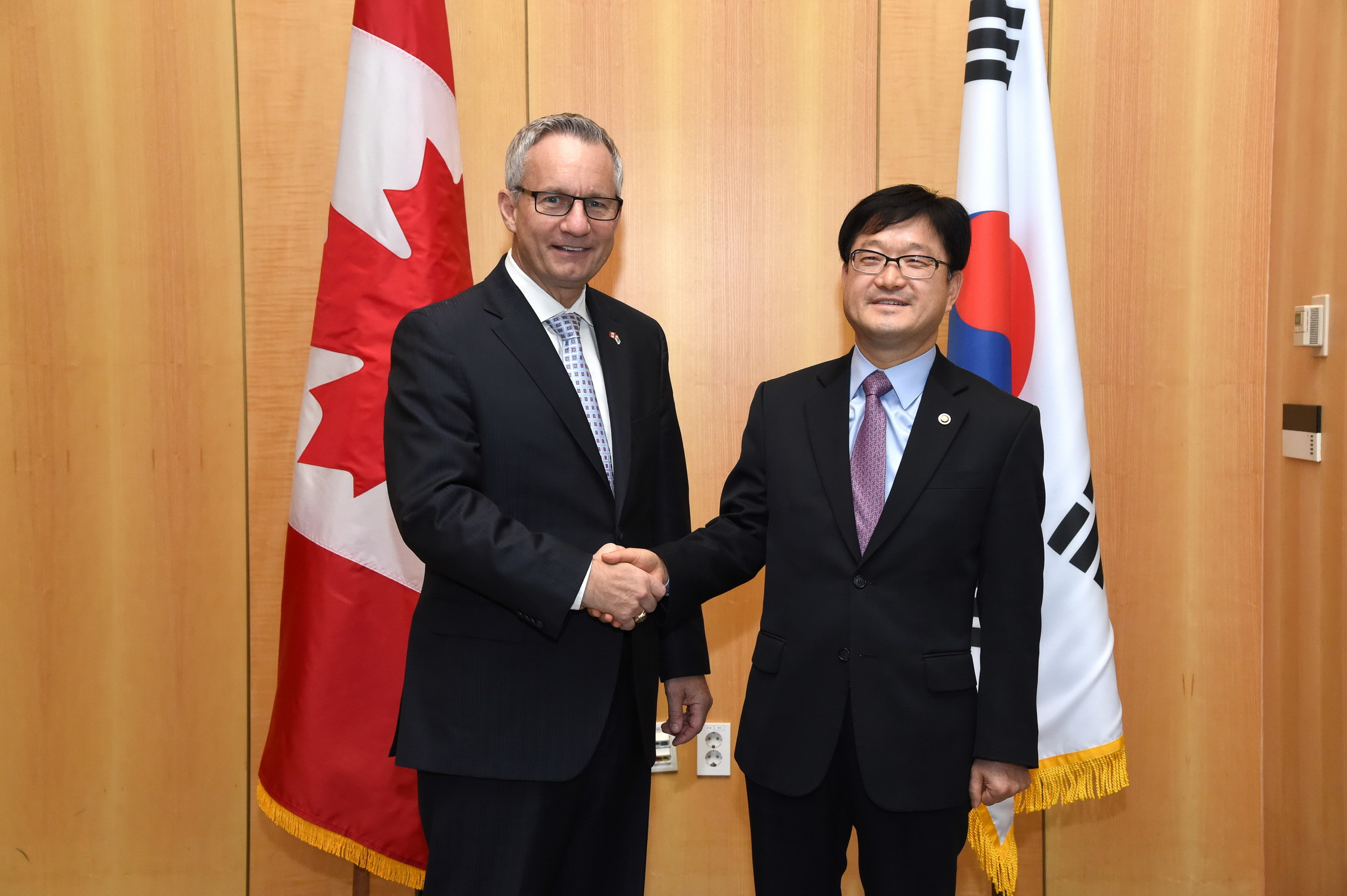 Meeting with Canadian Minister of Intl T...